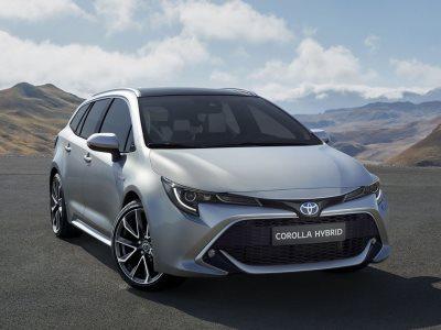 Toyota представила универсал Corolla для европейского рынка