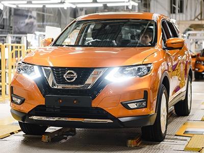 Новый Nissan X-Trail встал на конвейер завода в Санкт-Петербурге