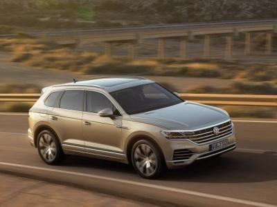 Volkswagen Touareg получил новый базовый мотор