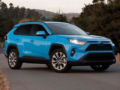 Toyota привезет в Россию две новые популярные модели
