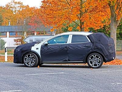 Kia тестирует кросс-Ceed и ориентируется на VW T-Roc