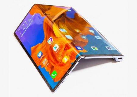 Huawei представила один из лучших складных смартфонов Mate X