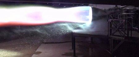 SpaceX провела первые огневые испытания нового двигателя Raptor для корабля Starship