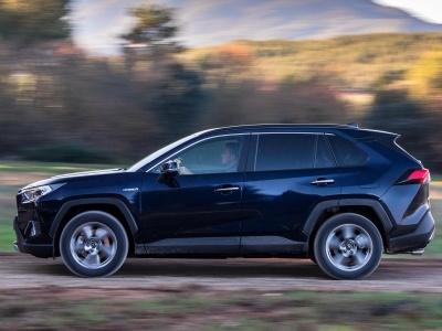 Названо место производства нового Toyota RAV4 для России