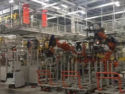 Новый мощный автозавод приступает к производству
