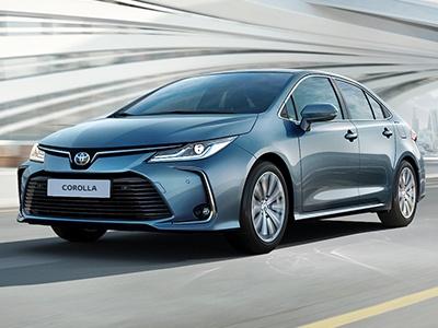 Toyota раскрыла цены икомплектации новой «Короллы»