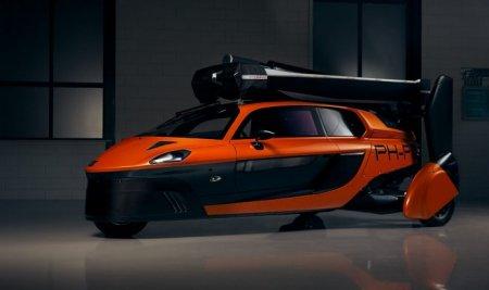 Голландская компания Pal-V представила в Женеве свой первый летающий автомобиль