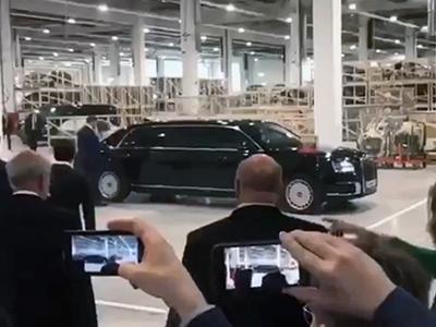 Путин приехал на открытие завода Mercedes-Benz на российском «Аурусе»