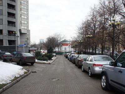 Назван топ ошибок автомобилистов при парковке в Москве