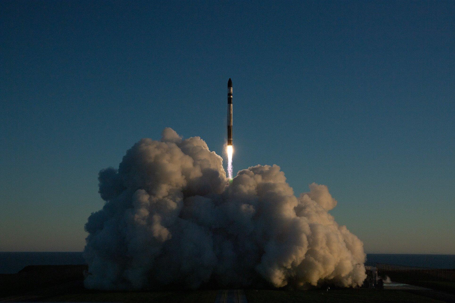 future rocket launching video - HD1930×1287