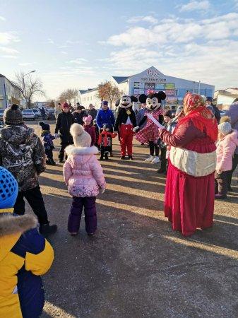 Работники Мочильского СДК совместно с Каморинским СДК провели в г. Михайлов Рязанской области игровую программу для детей