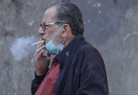 Почему врачи советуют бросить курить во время пандемии CoVID-19?