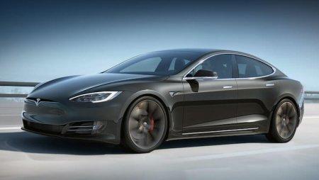 Tesla не остановить: Model S побила собственный рекорд автономности