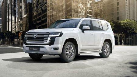 Эксперты предположили, сколько будет стоить Toyota Land Cruiser 300 на российском рынке