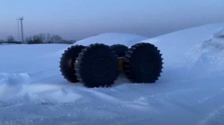 В Москве представлены особые Lada Largus Kub и Prima